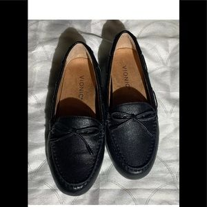 Vionic Virginia Loafers size 6 NWOT